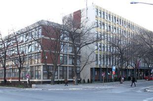 Виши суд: Будући студенти Правног факултета у Новом Саду не морају да полажу пријемни на српском!?