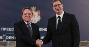 Доста је било: Лицемерје ЕУ трагично по Србију…