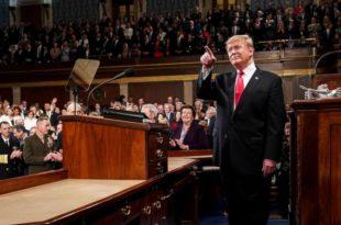 Трамп: Америка је у бољем стању него икад раније и на путу свог великог повратка