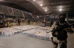Једанаест држављана Црне Горе ухапшено у близини острва Аруба због шверца више од 5 тона кокаина