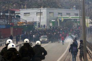 Грчка: Сукоб полиције и миграната, запаљена имања локалног становништва (видео)