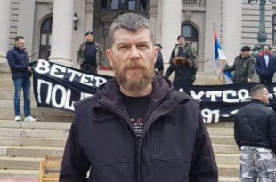 Ратни хероји испред Скупштине: Донели смо стиропор, мораћете да нас носите (фото, видео)