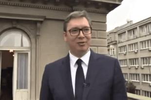 Вучић снимљен како обећава мигрантима држављанство и радна места! (видео)