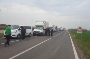 Срби данима ЗАРОБЉЕНИ на аустријско-мађарској граници: 36 људи без хране и лекова, трудница се СМРЗАВА на минус шест (фото, видео)