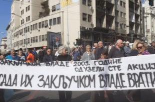 Пензионери ПКБ одржали обећање које су дали Вучићу – блокирали су центар Београда! (видео)