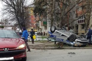 Јагодина: Полиција јурила пензионера одбеглог из изолације па се преврнули на кров! Пензионер успео да умакне!