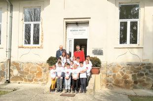 Мештани Јарменоваца сами обновили школу
