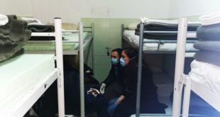 Пристигле Србе спровели у карантин у коме је горе од затвора, прљаво је, шетају бубе, смрди и ужасно је хладно