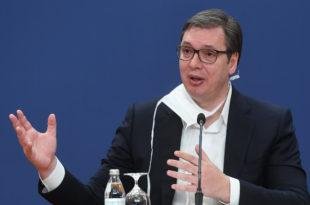 Вучићу, престани да лажеш ПСИХОПАТО! Кина помаже свима, а не само Србији