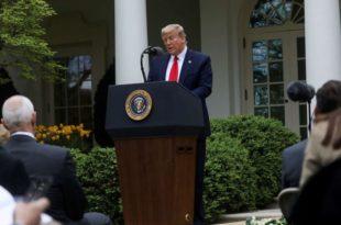 """Трамп обуставио финансирање """"струке"""" јер је """"промовисала кинеске дезинформације"""" о коронавирусу"""