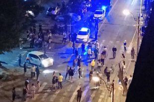 Београд: Људима дојадила струка и Вучићеве претње и пренемагање, изашли на улицу (фото, видео)