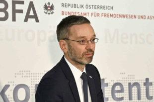 Аустрија потврдила постојање тајног споразума о повратку миграната у Србију