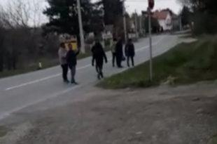 МУП од посланика ДЈБ крије податке о мигрантима у Србији (видео)