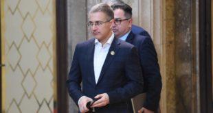 Доћи ће дан министре Стефановићу када ће истражни органи да се позабаве и твојим поштовањем закона…