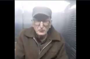 Ваљево: Деку инвалида од 80 год као криминалца у марици спроводе код судије (видео)