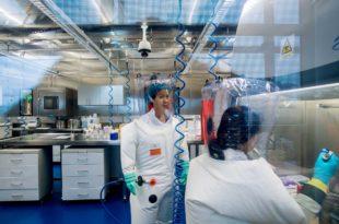 """Водећи руски микробиолог: Научници у Вухану радили """"апсолутно луде ствари"""" са короном"""