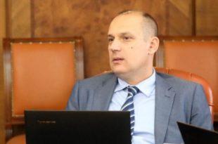 """По новом закону """"Др Смрт"""" ће моћи да нареди обавезну вакцинацију за све грађане Републике Србије!"""