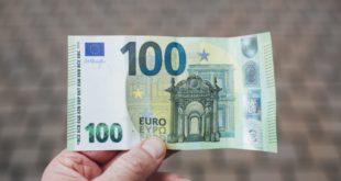 Рок истиче за 3 дана: Део грађана ипак остаје без 100 евра