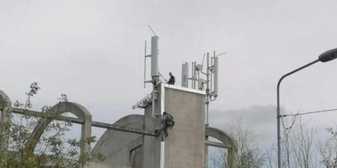 АЛАРМАНТНО Преко ноћи ничу 5Г антене по Србији, у 18 часова први протест!? (фото)