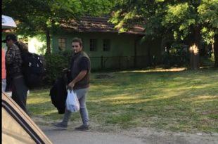 Паровић снимио доказе на граници: Вучићев режим овако превози илегалне мигранте (видео)