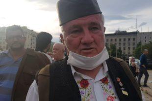 Скупштина - штрајк глађу др Шеварлића: Вучић признао независно Kосово! (видео)