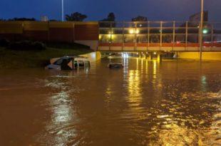 """Да ли """"Ми"""" који смо сведоци синоћњег потопа Београда живимо у истој држави као и ОВИ са РТС-а? (видео)"""