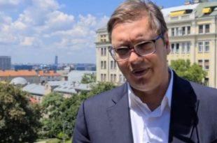 Вучић ове године задужио Србију преко три милијарде евра, јавни дуг ће до краја године достићи 30 милијарди евра, а он са Кинезима без тендера уговара брзу пругу Београд – Ниш