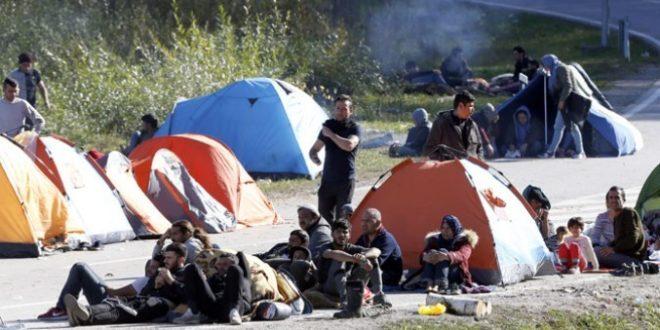 Хиљаде миграната на улазу у Велику Кладушу