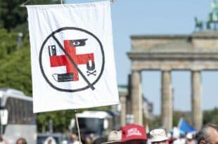 """""""Демократа"""" МЕРКЕЛ забранила демонстрације против мера у вези корона вируса у Берлину"""