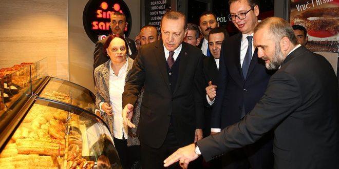 ЧЕДО ВУЧИЋА И ЕРДОГАНА Радници турских пекара, од јануара без плате!