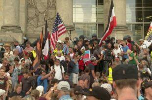 Берлин! Народ јуришао на Рајхстаг, хапшења и медијска хајка! (видео)