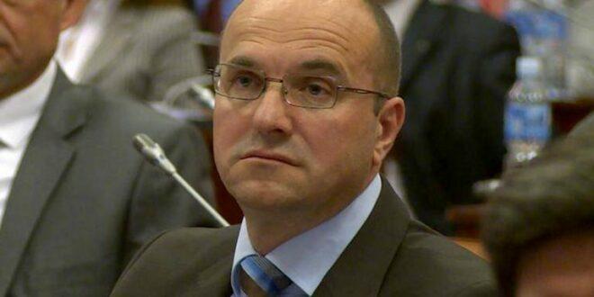 Борислав Новаковић: Нема компромиса са Вучићем нити повлачења у борби против његовог режима