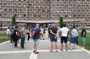 Kрагујевац: Протест угоститеља, траже дозволу за рад до 01 часова