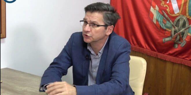 Милош Ковић: Ако клечите – свеједно је да ли пред Немцима, Енглезима или Ватиканом (видео)