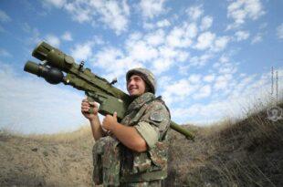 Битка у Нагорно-Карабаху не престаје, обарање дронова, касетна муниција... (видео)