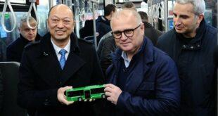 ТРУЛЕЖ ИЗ KИНЕ Весићева куповина кинеских аутобуса од 34 милиона евра! (ФОТО)
