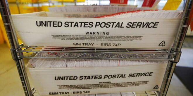 УЗБУЊИВАЧ Амерички поштaр: Наредили ми да променим датум на гласачком листићу и оштетим Трампа