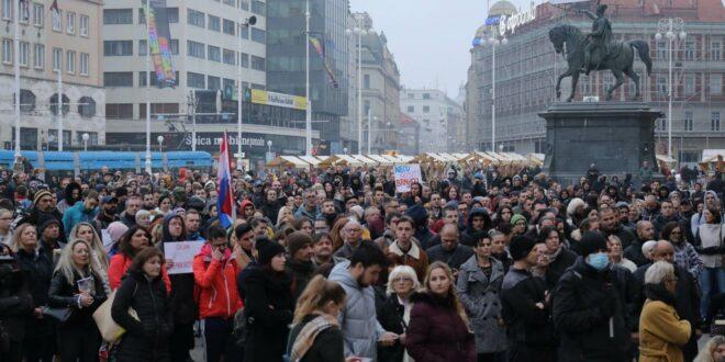 У Загребу протест противника ношења маски и вакцинације против короне