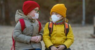 КРЕНУЛИ СУ НА ДЕЦУ! У Србији маске постају обавезне за децу старију од четири године