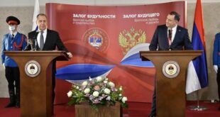 Н. Кусовац: Прича да је икона коју је Додик поклонио Лаврову културно добро Украјине је будалаштина