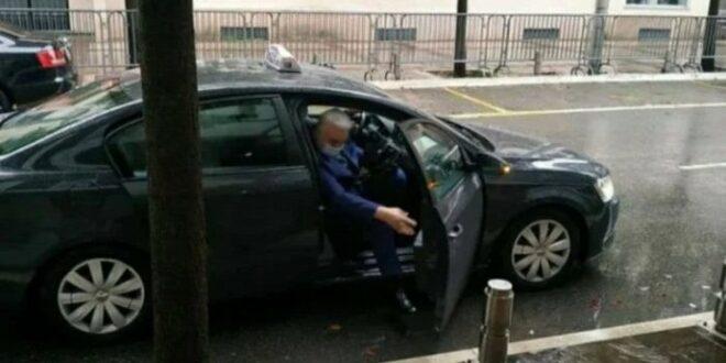 Црна Гора: Премијер Кривокапић и нови министри на посао дошли таксијем
