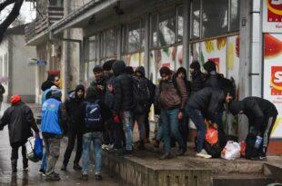 ОРБАН НАЈАВИО ОБРАЧУН: Легије блискоисточних миграната спремају продор у Европу!