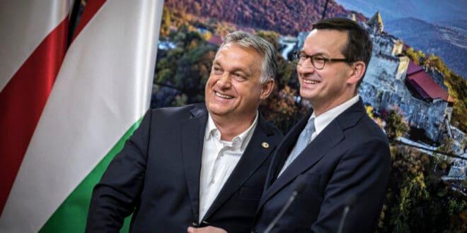 """Мађарска и Пољска показале да се Меркеловој и Бриселу може рећи """"не"""""""