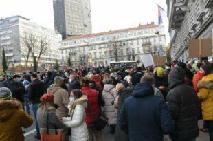 У среду поново протест привредника и предузетника испред Министарства финансија у Београду