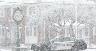 Монструозна снежна олуја у Америци (видео)