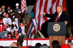 Трамп: Нећу препустити Белу кућу Бајдену, са демократама бисмо имали почетак комунизма