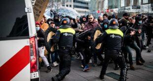 Холандија: Током протеста због увођења полицијског часа запаљен центар за тестирање на коронавирус (видео)