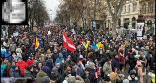 ПОБУНА НАРОДА Десетине хиљада људи устало против корона диктатуре у Бечу! (видео)