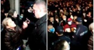 Уа, мафија! Шеф саобраћајне полиције у клинчу с Нишлијама (видео)