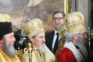 ПОБУНА ИЛИ ПАКАО: Уз однарођену власт и однарођен врх цркве?